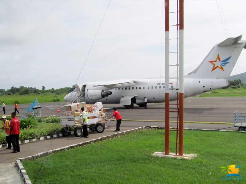 Komodo Tour Price: Labuan Bajo Air Port